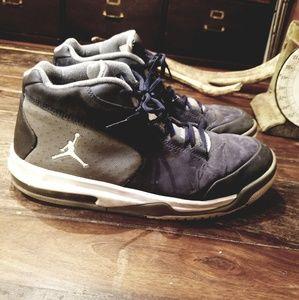 Jordan high top athletic basketball shoes mens 12
